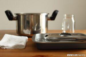 煮沸消毒の準備をします。