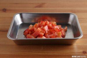 トマトで樹脂層がはげる理由は?