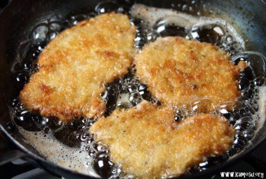 鉄フライパンで揚げ物をするコツは? 温度変化に対する注意点